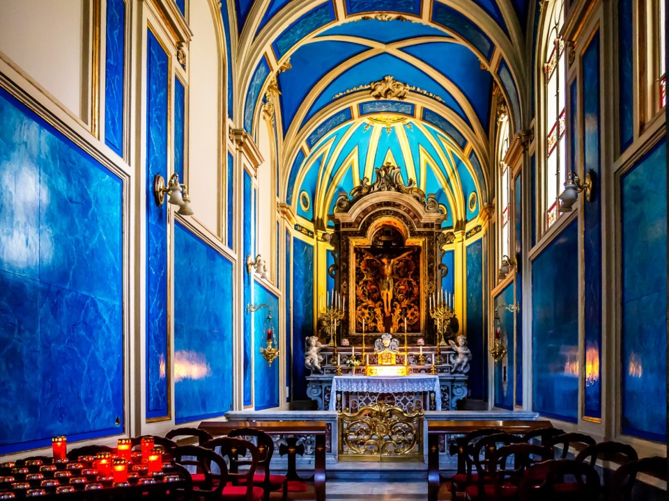Sorrento blue church