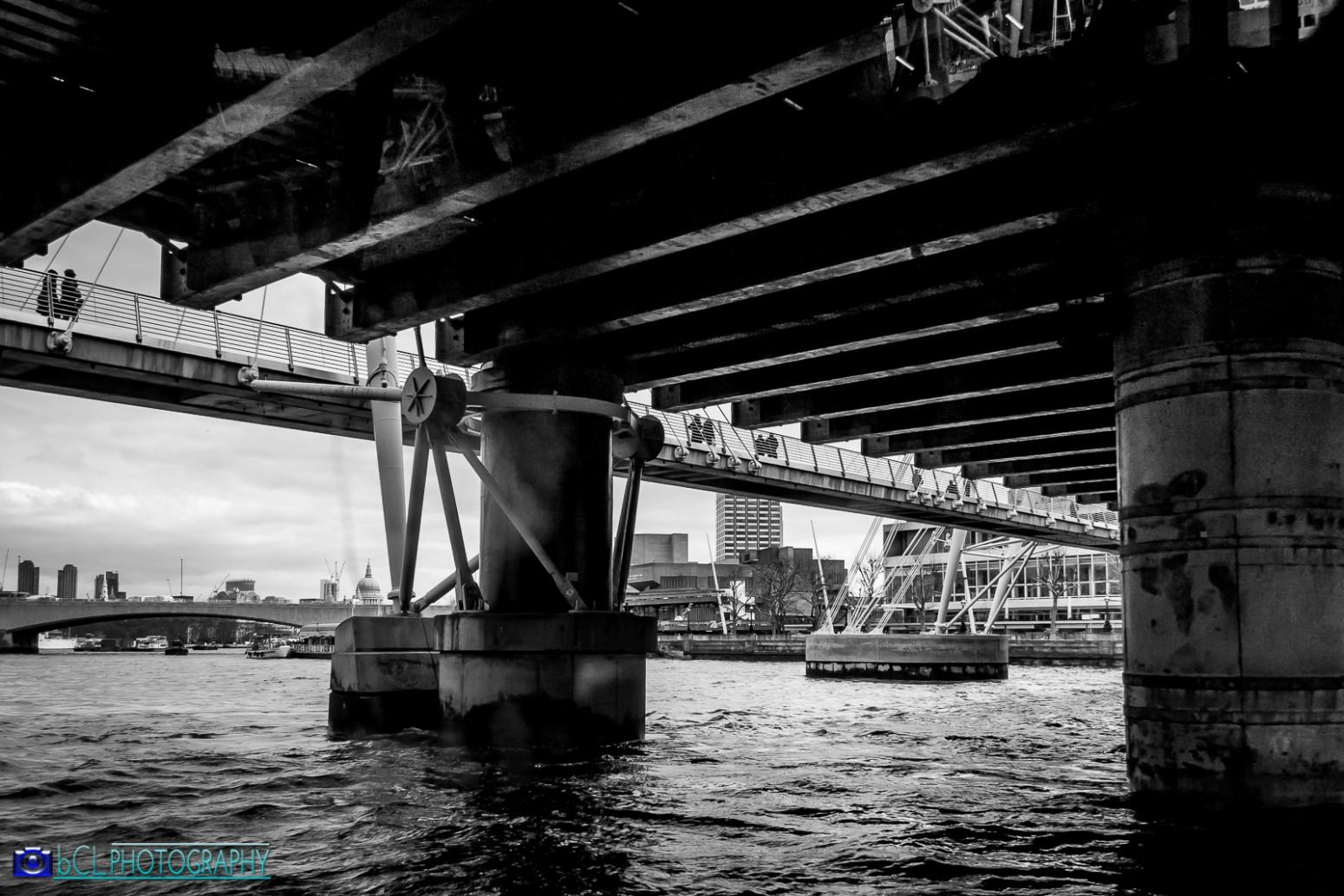 Thames under bridge